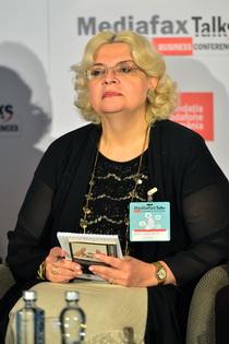 Irina Margareta Nistor- Președinte Onorific Fundația Vodafone România