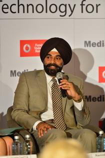 Ravinder Takar - CEO Vodafone România